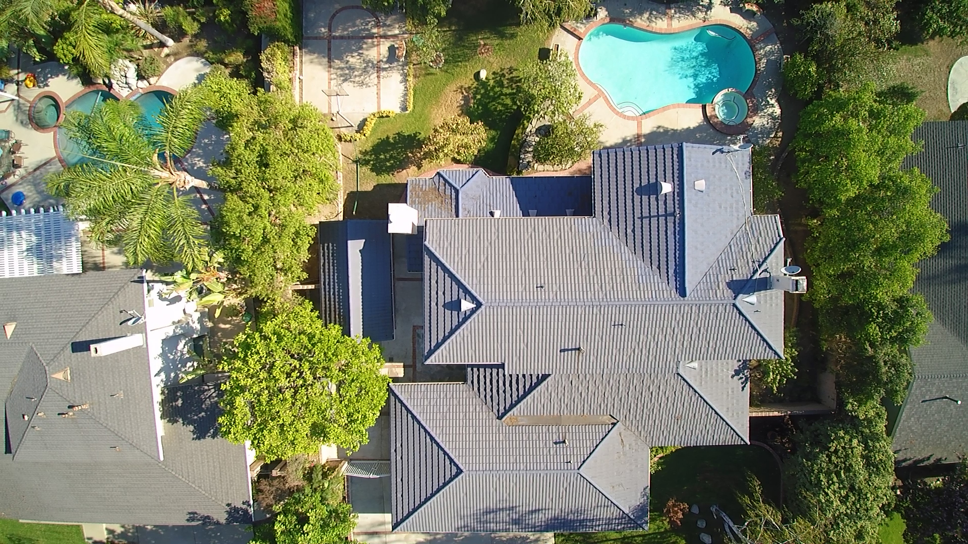 aerial-house-property-view